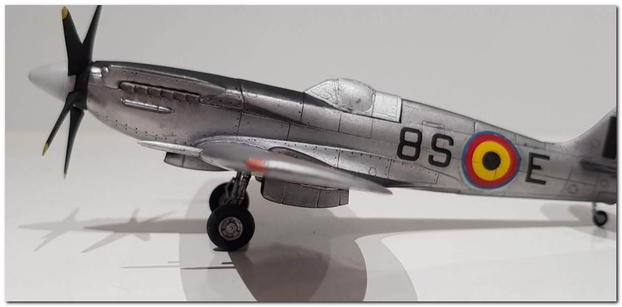 [Fujimi] Spitfire F Mk XIV Belgian Air Force circa 1952 20181105_213405s
